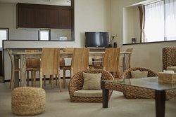 SCALLOP C - OceanFront 3 Bedrooms Condominium  (三臥室海景公寓)