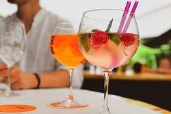 Drinks im Gastgarten