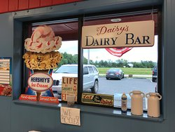 Daisy's Dairy Bar at Daisy's Diner at Cooter's Luray