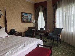 Hong Kong Disneyland Hotel Experience