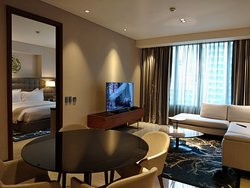 Truly a Diamond Experience: Staycation at its finest at the Best Location in Manila!