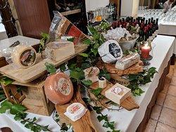 Cata de quesos y vinos de Alicante