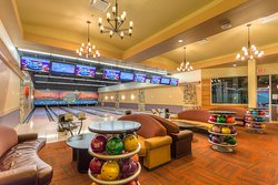 VIP bowling suite. Book your next corporate party today, contact bowling@citycentrepark.ca