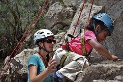 Salidas al campo para niños desde los 2 años de edad: mini-trekking y escalada en roca