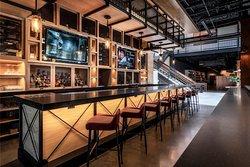 Marc Bar & Restaurant