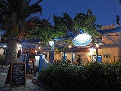 Iltakuva ravintolasta