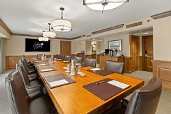 Six different boardrooms available at Grand Geneva.