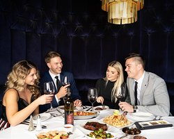 From our ambience to our world-renown menu. Ruth's Chris steakhouse in Niagara Falls is the ideal spot to enjoy a perfect night out.