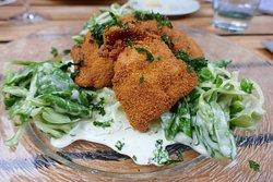 Mein Favorit: Backhendl-Salat