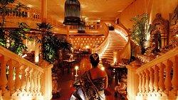 Mekong Restaurant & Bar