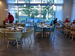 Moce Cafe & Bar - table seating area