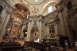 볼로냐의 작은 성당