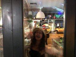 The street bar