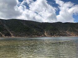 Very surreal lake - really worthwhile