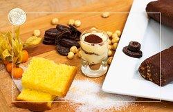 Tutti i nostri dolci sono prodotti dalla nostra cucina, fatti in casa.