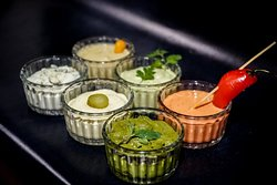 In addition to our classic sauces, we have the special ones, with vegan options too