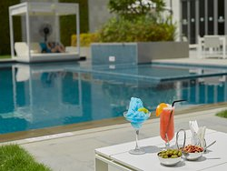 Elements Pool & Lounge InterContinental Regency Bahrain