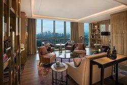 Club InterContinental Living Room