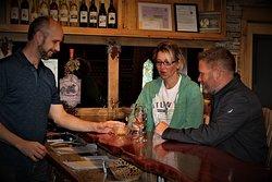 Pleasantview Vineyards & Winery