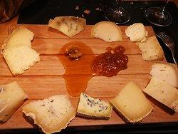 il tagliere di formaggi d'alpeggio
