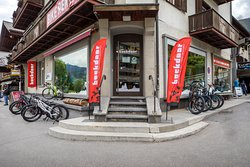 Backdoor Snowboard, Ski, Bike & Running Shop