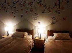 Habitación  acogedora con 2 camas