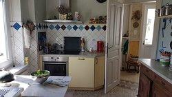 Une cuisine est à votre disposition si vous souhaitez cuisiner pour un ou plusieurs.