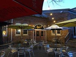 The Icehouse Restaurant