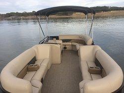 Come enjoy Beautiful Lake Travis!!!  Brand New 15 passenger Bently Pontoons