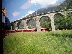 il viadotto elicoidale di Brusio