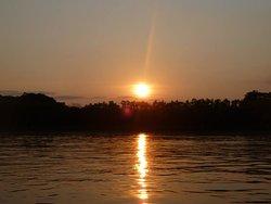 En nuestros programas los llevaremos a contemplar las puestas de sol màs impactantes