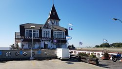 This is the fishermen´s club in Buenos Aires by the River Plate.