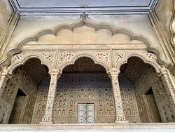 Amazingly detailed decorations in the throne area at Agra Fort.