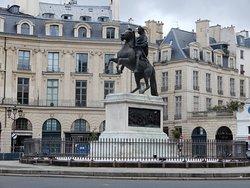 King Louis XIV dressed as a Roman Emperor