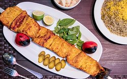 The most delicious Iranian cuisine should not be missed: Mahi Kabab