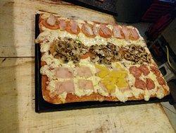 Verdadera pizza italiana con el mejor servicio