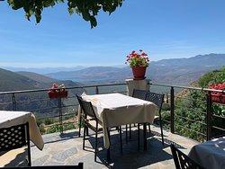 Amazing view! Good service!