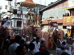 Kandy temple Perahara festival