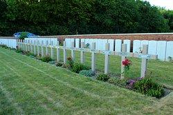 tumbas francesas en el cementerio