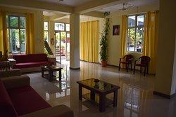Reception hall & Lounge