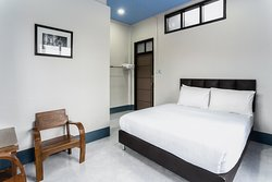 Double Room with Air Con.