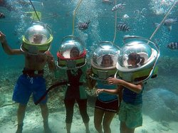Undersea walk experience