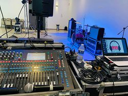 Casa Noriega, nustro salón de eventos listo para su ambientación en vivo o DJ.