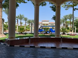 Vacanze Top....! Hotel è molto bella con delle piscine stupenda...Il personale sempre solare vorrei ringraziare Rody è Ahmed Nashar ❤️ Live Guard sono stati eccezionali fanno un ottimo lavoro è Nazim Ibrahim in Salla Ristorante.