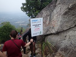 Station 3, the third and final viewing point at the peak of Broga Hill, 1312 ft above sea level.