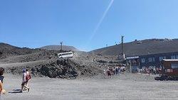 Topo do percurso do teleférico e saída dos autocarros 4x4 (2.500 m) - Terminal Funivia