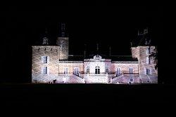 Content car le spectacle Rondes de nuit m'a permis de visiter ce château