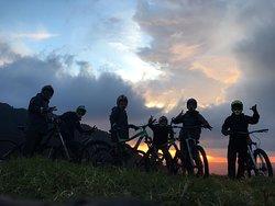 mountainbikesalento.co         @extremedownhilltour @palmforest @carbonerafarm @salento
