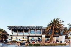 Pontoon - your favourite beach club