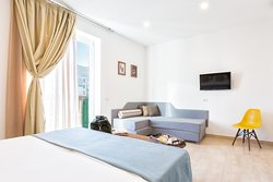 Double bedroom with balcony fully equipped